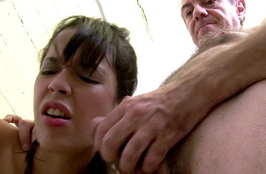 HD Video for FREE: Old vicious forces a young woman to suck his dick!